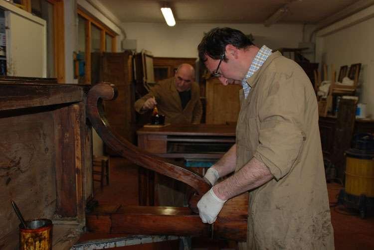 Restauro mobili antichi a treviso cultura antichit zanon - Restauro mobili antichi tecniche ...